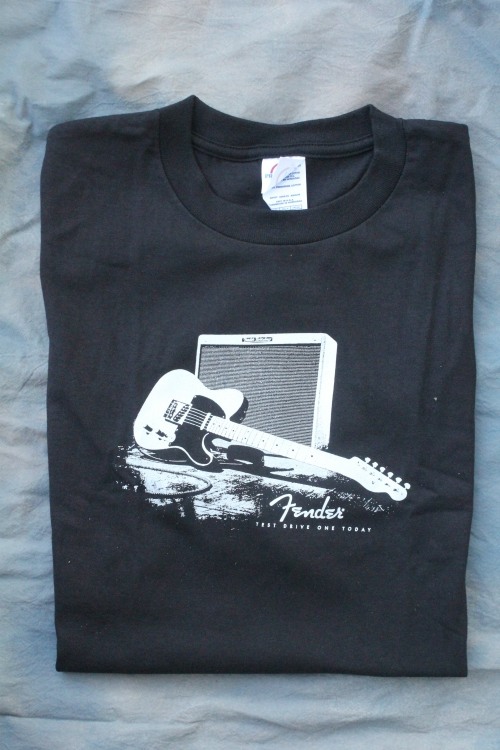 *LIMITED EDITION* FENDER W/ AMP AND GUITAR XL BLACK TEE